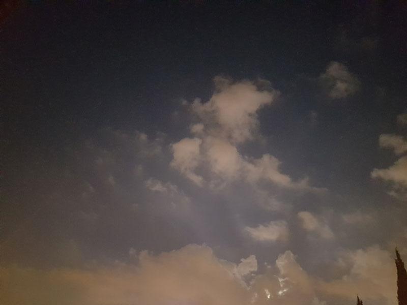 full_moon_behind_clouds_20160917_054117