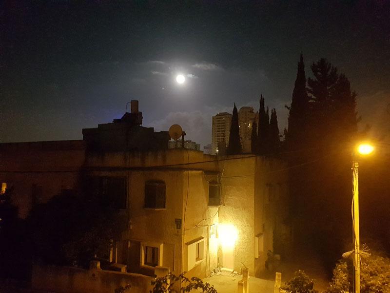 full_moon_stree_lights_20160917_052318
